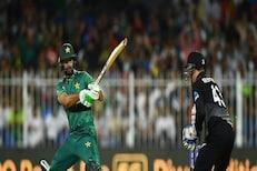 T20 World Cup : भारतानंतर पाकिस्तानचा न्यूझीलंडला धक्का, सेमी फायनलचा मार्ग सोपा