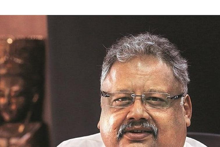 Jhunjhunwala यांच्या या शेअरने यावर्षी दिलाय तिप्पट रिटर्न, तुमच्याकडे आहे का?