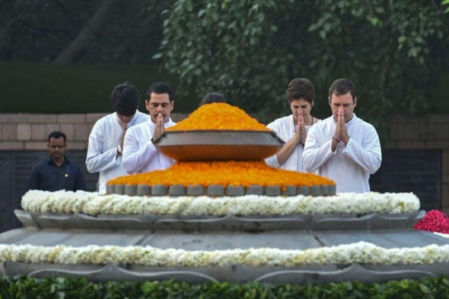 ರಾಜೀವ್ ಗಾಂಧಿ ಸ್ಮಾರಕಕ್ಕೆ ನಮನ ಸಲ್ಲಿಸಿದ ರಾಜೀವ್ ಗಾಂಧಿ ಮಗ ರಾಹುಲ್ ಗಾಂಧಿ, ಮಗಳು ಪ್ರಿಯಾಂಕಾ ಗಾಂಧಿ ಮತ್ತು ಅಳಿಯ ರಾಬರ್ಟ್ ವಾದ್ರಾ