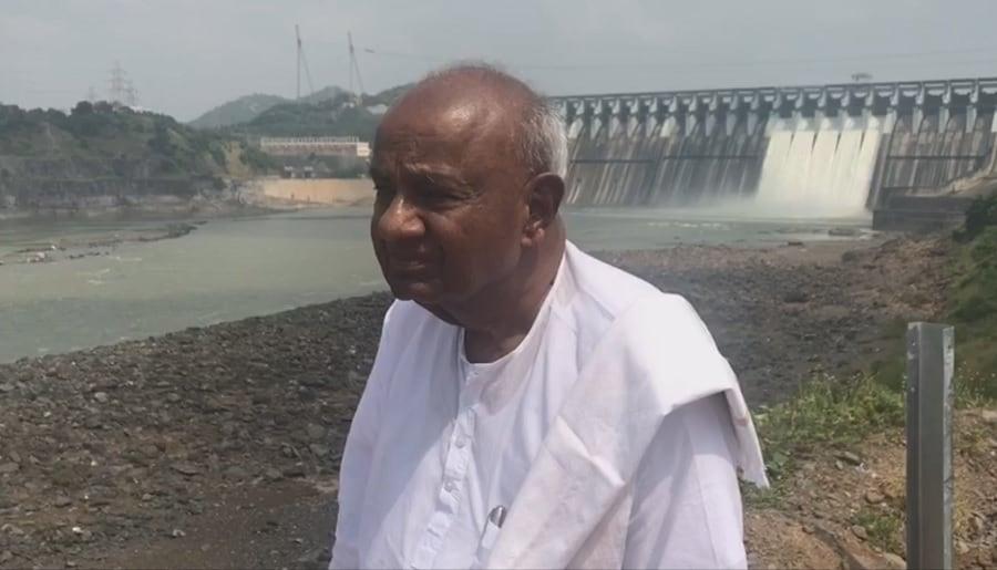 ಸರ್ದಾರ್ ಸರೋವರದಲ್ಲಿ ಮಾಜಿ ಪ್ರಧಾನಿ ಹೆಚ್ ಡಿ ದೇವೇಗೌಡ