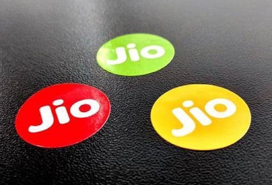 - ಉತ್ತಮ ಧ್ವನಿ ಮತ್ತು ವೀಡಿಯೊ ಕರೆ ಮಾಡಲು ಅನುಕೂಲವಾಗುವಂತೆ VoLTE ಮತ್ತು Wi-Fi ಆಯ್ಕೆಯನ್ನು ಬಳಸಬಹುದು.