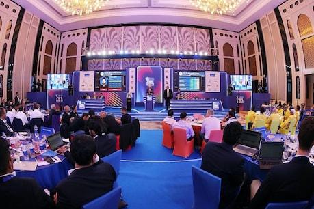 IPL 2020 Player Auction Live: ಕೊನೆಗೂ ಸ್ಟೈನ್ ಖರೀದಿಸಿದ ಆರ್ಸಿಬಿ