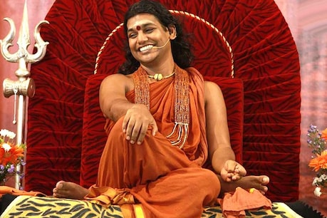 'ನಿತ್ಯಾನಂದ ಆಧ್ಯಾತ್ಮ ಪ್ರವಾಸದಲ್ಲಿದ್ದಾರೆ; ಹೀಗಾಗಿ ನೋಟಿಸ್ ತಲುಪಿಸಲು ಸಾಧ್ಯವಿಲ್ಲ': ಹೈಕೋರ್ಟ್ಗೆ ಪೊಲೀಸರು