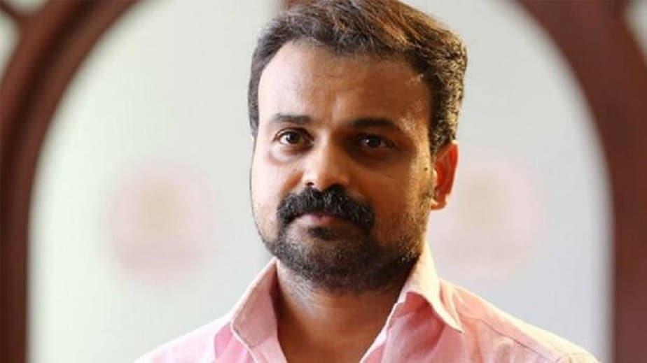 2017ರಲ್ಲಿ ನಟಿಯೊಬ್ಬರ ಅಪಹರಣ ಮತ್ತು ಲೈಂಗಿಕ ಕಿರುಕುಳಕ್ಕೆ ಸಂಬಂಧಿಸಿದಂತೆ ಮಲಯಾಳಂ ನಟ ದಿಲೀಪ್ ಅವರನ್ನು ಬಂಧಿಸಲಾಗಿತ್ತು.