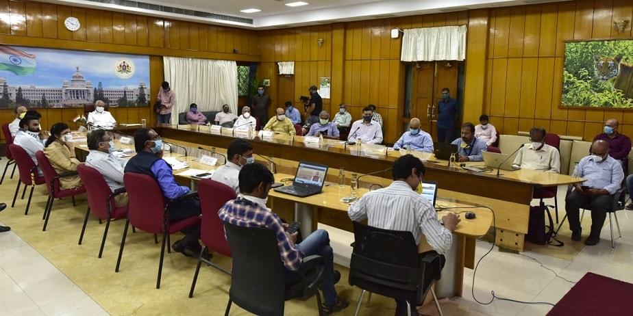 ಪ್ರಧಾನಿ ನರೇಂದ್ರ ಮೋದಿ ಜೊತೆ ವಿಡಿಯೋ ಕಾನ್ಫರೆನ್ಸ್ ನಡೆಸಿದ ಬಿಎಸ್ವೈ