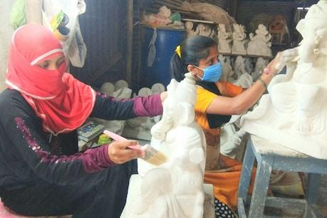 ಶ್ರದ್ಧೆಯಿಂದ ಗಣೇಶ ವಿಗ್ರಹ ತಯಾರಿಸುವ ಈ ಮುಸ್ಲಿಮ್ ಮಹಿಳೆಯ ಕಾಯಕನಿಷ್ಠೆಗೆ ಹುಬ್ಬಳ್ಳಿಗರ ಮೆಚ್ಚುಗೆ