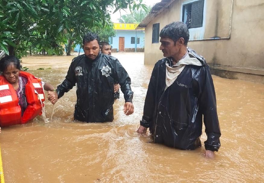 ಉತ್ತರ ಕನ್ನಡದ ಅಂಕೋಲ ಭಾಗದಲ್ಲಿ ಮನೆ ಮುಳುಗಿರುವುದು- File Photo