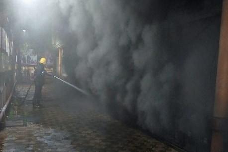 Fire Accident: ಮುಂಬೈನ ಶಾಪಿಂಗ್ ಕಾಂಪ್ಲೆಕ್ಸ್ನಲ್ಲಿ ಬೆಂಕಿ ಅವಘಡ; ಬೆಳ್ಳಂಬೆಳಗ್ಗೆ ಹೊತ್ತಿ ಉರಿದ ಅಂಗಡಿಗಳು