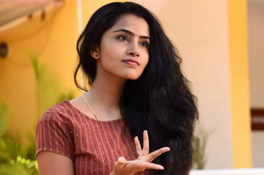 Anupama Parameswaran Premam Movie girl reveals she is too young to get married