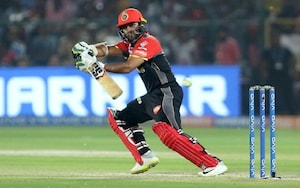 IPL 2021: ಕೊಹ್ಲಿ ಪಡೆಗೆ ಗುಡ್ಬೈ ಹೇಳಿ ಮುಂಬೈ ಇಂಡಿಯನ್ಸ್ ಸೇರಿಕೊಂಡ RCB ಆಟಗಾರ..!