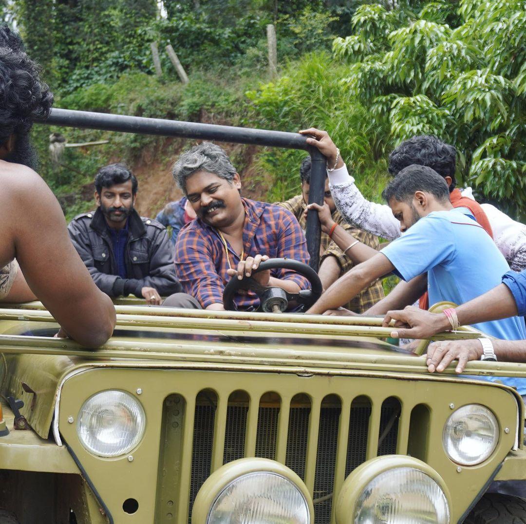 ಹೀರೋ ಸಿನಿಮಾದ ಶೂಟಿಂಗ್ ವೇಳೆ ತೆಗೆದಿರುವ ಚಿತ್ರ