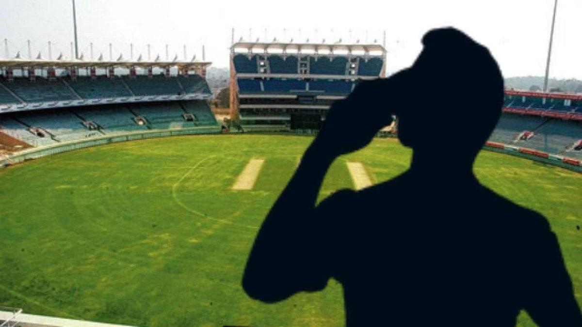 IPL 2021: ಐಪಿಎಲ್ ವೇಳೆ ಕಾಣಿಸಿಕೊಂಡ ಬುಕ್ಕಿಗಳು: ಮ್ಯಾಚ್ ಫಿಕ್ಸಿಂಗ್ ಕರಿನೆರಳು..?