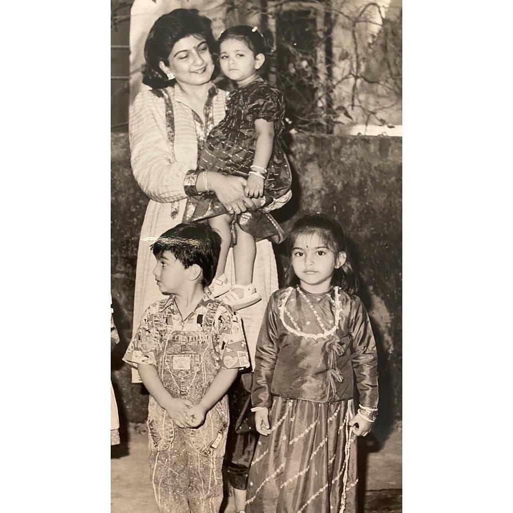 ಸೋನಮ್ ಕಪೂರ್ ಬಾಲ್ಯದ ಚಿತ್ರಗಳು