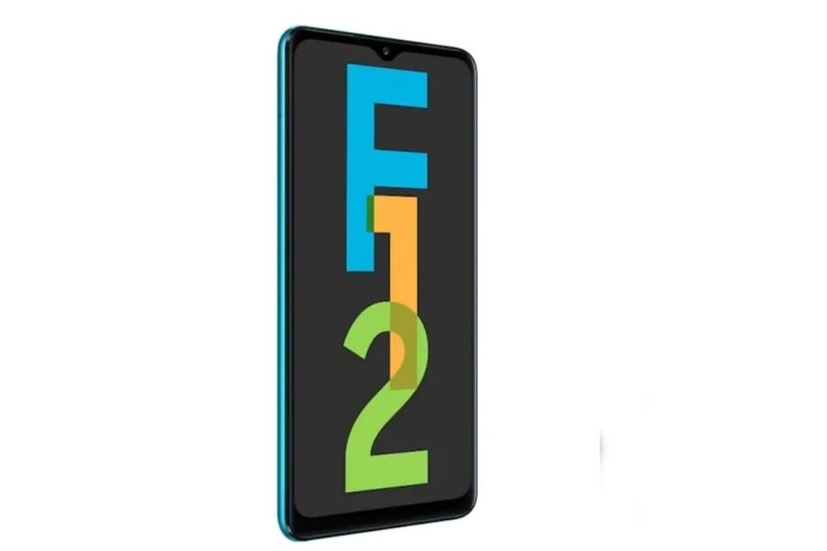 Samsung Galaxy F12: ಗ್ಯಾಲಕ್ಸಿ ಎಫ್12 ಸ್ಮಾರ್ಟ್ಫೋನ್ 6.5 ಇಂಚಿನ ಹೆಚ್ಡಿ + ಇನ್ಫಿನಿಟಿ ಡಿಸ್ಪ್ಲೇ ಹೊಂದಿದ್ದು, ಒಕ್ಟಾ ಕೋರ್ ಎಕ್ಸಿನೋಸ್ 850 ಎಸ್ಒಸಿ ಪ್ರೊಸೆಸರ್ ಹೊಂದಿದೆ, 4GB RAM ಆಯ್ಕೆಯಲ್ಲಿ ಪರಿಚಯಿಸಿದೆ. ಸ್ಮಾರ್ಟ್ಫೋನ್ ಕ್ವಾಡ್ ಕ್ಯಾಮೆರಾ ಸೆಟಪ್ ಹೊಂದಿದ್ದು, ಹಿಂಭಾಗದಲ್ಲಿ 48 ಮೆಗಾಫಿಕ್ಸೆಲ್ ಪ್ರೈಮರಿ ಕ್ಯಾಮೆರಾ ಅಳವಡಿಸಿಕೊಂಡಿದೆ. ಗ್ರಾಹಕರಿಗಾಗಿ 9,999 ರೂನಿಂದ 12,999 ರೂ ಒಳಗೆಗೆ ಖರೀದಿಗೆ ಸಿಗುತ್ತಿದೆ.