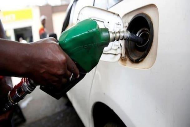 Petrol Price| ಬೆಂಗಳೂರಿನಲ್ಲಿ ಯಥಾಸ್ಥಿತಿ ಕಾಯ್ದುಕೊಂಡ ತೈಲ ಬೆಲೆ, ಜಿಲ್ಲೆಗಳಲ್ಲಿ ಅಲ್ಪ ಇಳಿಕೆ