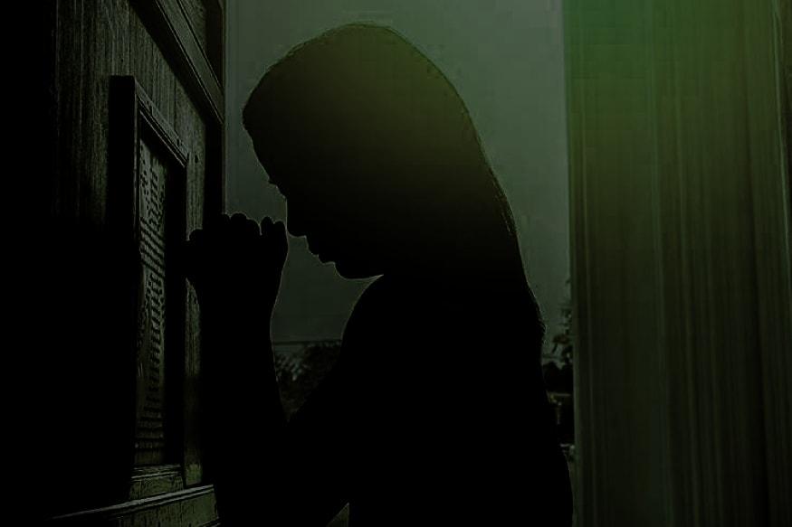 സൂരജ് ലതാ ദേവിയുടെ പരാതിയുടെ അടിസ്ഥാനത്തിൽ ഭർത്താവിനെതിരെ എഫ്ഐആർ രജിസ്റ്റർ ചെയ്തതായി സുൽത്താൻപൂർ ലോധി പൊലീസ് വ്യക്തമാക്കി. മണിപ്പൂർ പൊലീസ് പൊലീസിൽ സൂരജ് ലതാ ദേവി നൽകിയിരുന്ന പരാതിയും സുൽത്താൻപൂർ ലോധി പൊലീസിന് കൈമാറിയിട്ടുണ്ട്. ഇന്ത്യൻ ശിക്ഷ നിയമത്തിലെ വിവിധ വകുപ്പുകൾ പ്രകാരം സൂരജ് ലതാ ദേവിയുടെ ഭർത്താവിനെതിരെ കേസെടുത്തിട്ടുണ്ടെന്ന് പൊലീസ് അറിയിച്ചു.