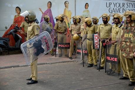 നെടുമങ്ങാട് പൊലീസ് സ്റ്റേഷനിലേക്ക് ബോംബെറിഞ്ഞത് RSS പ്രചാരക്; CCTV ദൃശ്യം പുറത്ത്