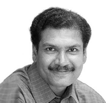 <strong>എ. സമ്പത്ത്</strong> - ആറ്റിങ്ങൽ: സിറ്റിങ് എംപി. തുടർച്ചയായി 2 തവണയും ആകെ 3 വട്ടവും ആറ്റിങ്ങലിൽ ജയം. സിപിഎം ജില്ലാ കമ്മിറ്റിയംഗം. അന്തരിച്ച പ്രമുഖ സിപിഎം നേതാവും മുൻ എംപിയുമായ കെ. അനിരുദ്ധന്റെ മകൻ. അഭിഭാഷകൻ.