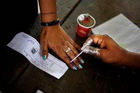 Pala By-Election: പാലാ നാളെ വിധിയെഴുതും; സമ്മതിദാനാവകാശം വിനിയോഗിക്കുന്നത് 1,79,107 വോട്ടർമാർ