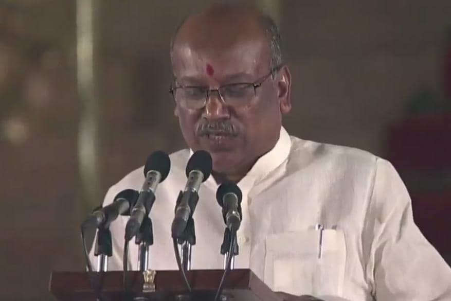 ദോത്രെ സഞ്ജയ് ഷമാരോ