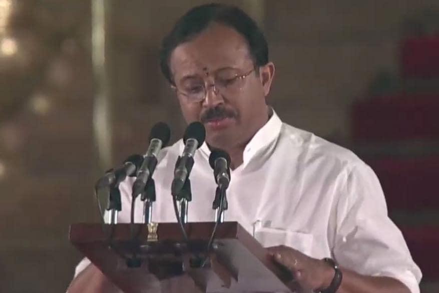 വി മുരളീധരൻ