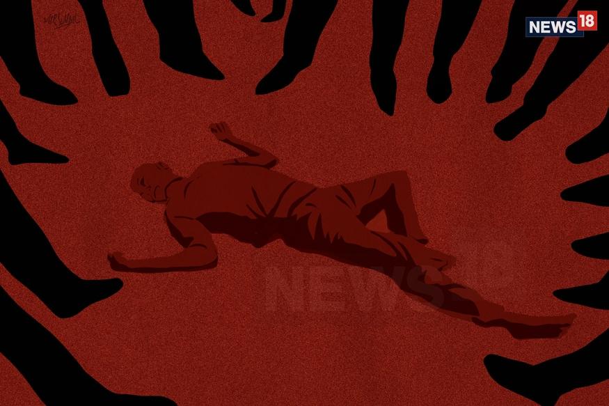 കാരൈ ഗ്രാമത്തിൽ താമസിക്കുന്ന ശക്തിവേൽ എന്ന 24കാരനാണ് കൊല്ലപ്പെട്ടത്. ഫെബ്രുവരി 12നാണ് സംഭവം ഉണ്ടായത്. പെട്രോള് പമ്പ് ജീവനക്കാരനായ ശക്തിവേല് ഉച്ചഭക്ഷണശേഷം ജോലിസ്ഥലത്തേക്ക് മടങ്ങുന്നതിനിടെയായിരുന്നു സംഭവം.