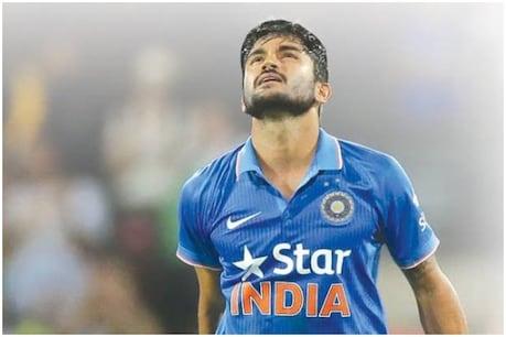 India vs New Zealand 4th T20I| വീണ്ടും അവസരം പാഴാക്കി സഞ്ജു; ന്യൂസിലാൻഡിന് 166 റൺസ് വിജയലക്ഷ്യം