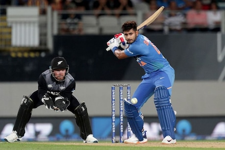 India vs New Zealand 3rd T20I | രോഹിത് ശർമ തിളങ്ങി; പിന്നാലെ  തകർച്ച ; കീവികൾക്ക് ജയിക്കാൻ 180 റൺസ്