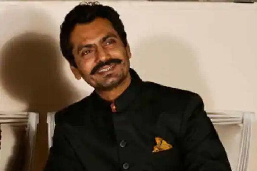 ബോളിവുഡ് താരം നവാസുദ്ദിൻ സിദ്ധിഖിയും കുടുംബവും മുംബൈയിൽ നിന്നും സ്വദേശമായ ഉത്തർ പ്രദേശിലെ മുസാഫർ നഗറിലേക്കാണ് പോയത്. സർക്കാർ മാനദണ്ഡം അനുസരിച്ച് ഇവർക്ക് 14 ദിവസത്തെ ഹോം ക്വാറന്റൈൻ നിർബന്ധമാണ്. മുംബൈയിൽ നിന്നും അധികൃതരുടെ അനുവാദത്തോടെയാണ് യാത്ര നടത്തിയത്