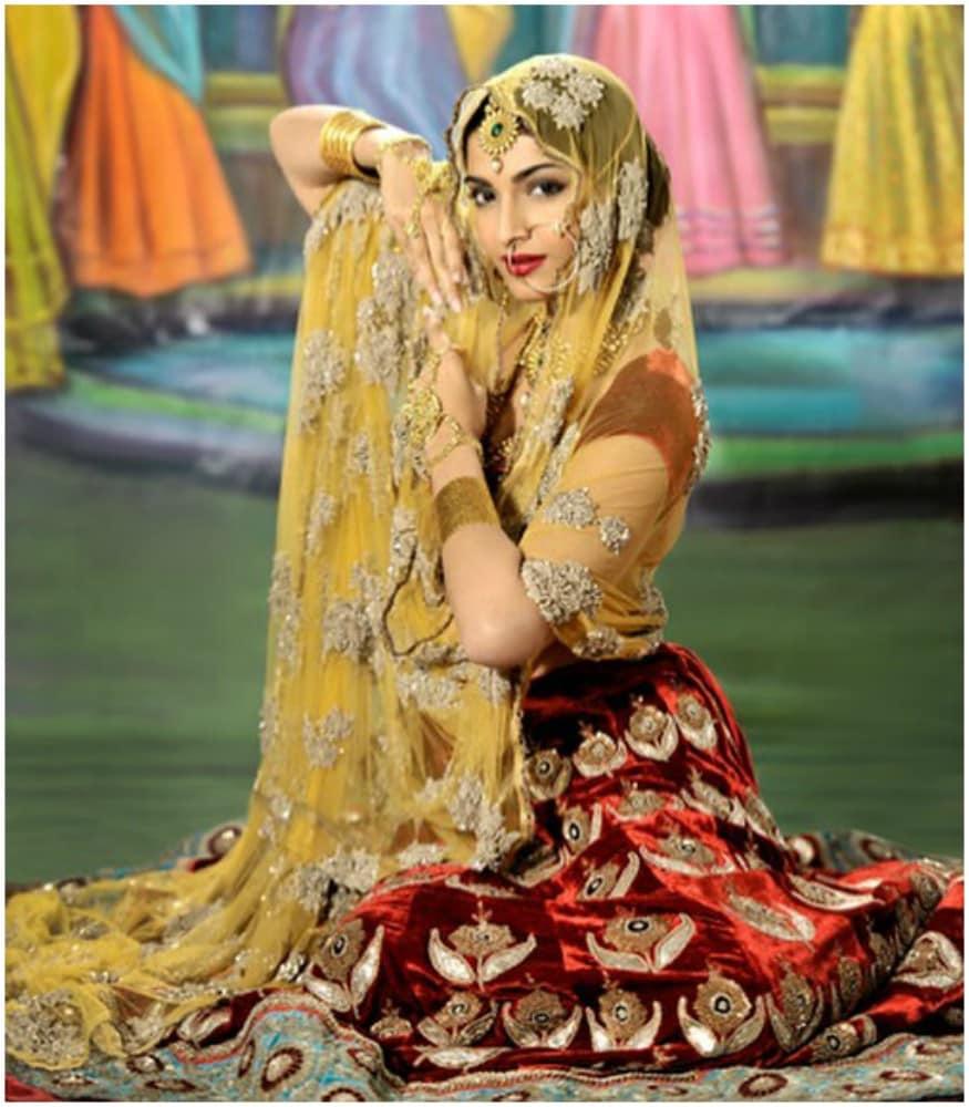 അനാർക്കലി ലുക്കിൽ നടി സോനം കപൂർ സോഷ്യൽമീഡിയയിൽ പോസ്റ്റ് ചെയ്ത ചിത്രം