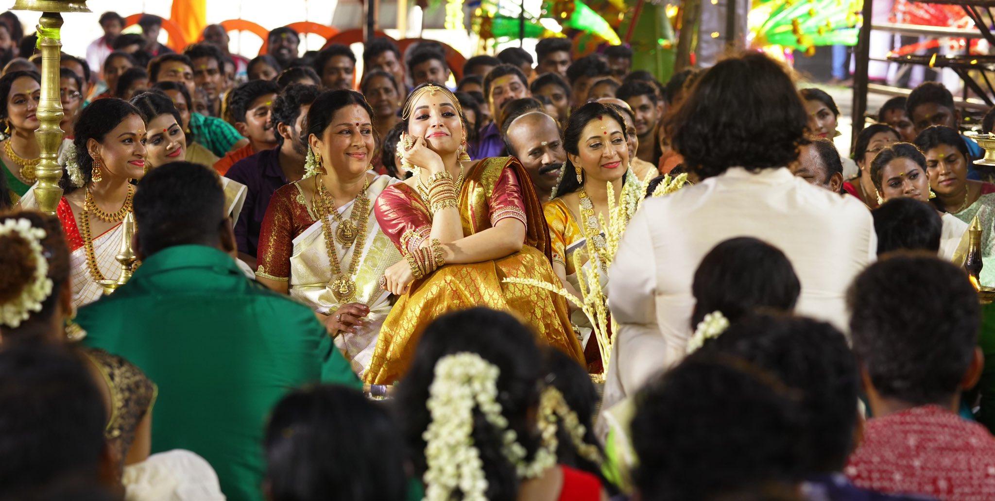 അജയ് ജ്ഞാനമുത്തു സംവിധാനം ചെയ്യുന്ന ചിത്രത്തിൽ 20 വ്യത്യസ്ത ഗെറ്റപ്പുകളിൽ വിക്രം എത്തുമെന്നാണ് റിപ്പോർട്ടുകൾ (Image: Ajay gnanamuthu/twitter)