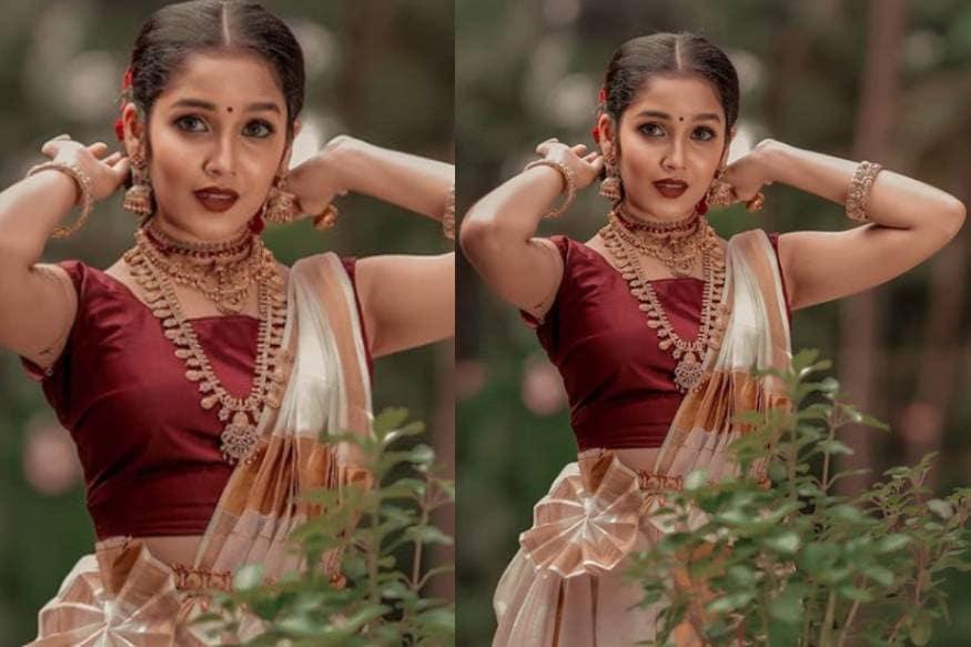 'ഭാസ്കർ ദി റാസ്ക്കൽ' എന്ന മമ്മൂട്ടി ചിത്രത്തിലെ മുഴുനീള വേഷവും ബാലതാരമെന്ന നിലയിൽ അനിഖയെ ശ്രദ്ധേയയാക്കി