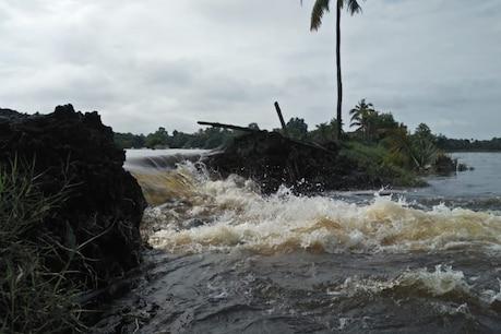 Kerala Rain| കോട്ടയത്ത് മഴയിൽ കാർ ഒഴുകിപ്പോയി; ഏഴ് പ്രധാന റോഡുകളിൽ ഗതാഗത തടസം ; പകരം പോകാവുന്ന റൂട്ടുകൾ