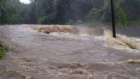 Kerala Rain| കോഴിക്കോട് ചാലിപ്പുഴയിൽ ശക്തമായ മലവെള്ളപ്പാച്ചിൽ; സമീപത്തെ കുടുംബങ്ങളെ ക്യാമ്പിലേക്ക് മാറ്റി
