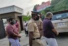 ഒന്നരയേക്കറിനായി ബന്ധുവിന്റെ ഹണിട്രാപ്പ്; നാലു പ്രതികള് കൊച്ചിയില് പിടിയില്