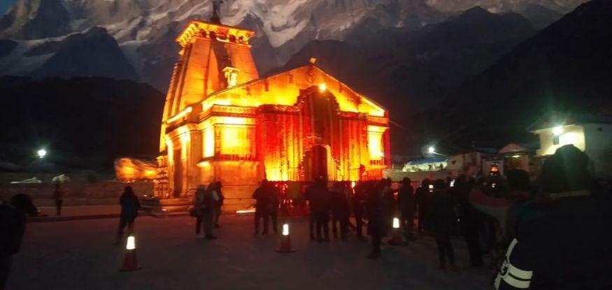 ദീപാവലിയോടനുബന്ധിച്ച് പ്രകാശിതമായ കേദാർനാഥ് ക്ഷേത്രം. (Image: ANI).