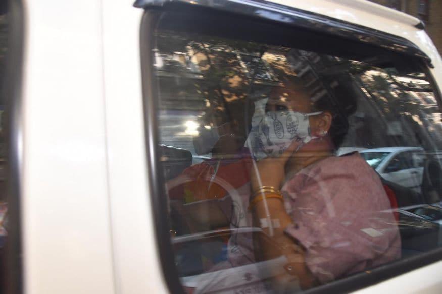 ബോളിവുഡ് താരം സുശാന്ത് സിംഗ് രാജ്പുതിന്റെ മരണവുമായി ബന്ധപ്പെട്ട അന്വേഷണമാണ് ബോളിവുഡിലെ ലഹരി മാഫിയയിലേക്ക് വഴി തിരിഞ്ഞത്. (Image: Viral Bhayani)