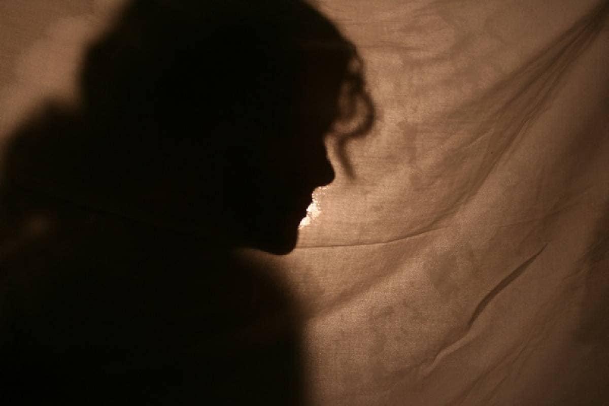 2016 ജനുവരി 21ന് തന്നെ പിതാവ് ബലാത്സംഗം ചെയ്തെന്നാണ് കുട്ടി ആരോപിക്കുന്നത്. പതിനഞ്ചു വയസുള്ള പെൺകുട്ടി അഞ്ചാം ക്ലാസ് വരെ മാത്രമാണ് പഠിച്ചിട്ടുള്ളത്.