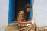 Video| കോവിഡ് പോരാളികൾക്ക് ആദരം; ഏഴാംക്ലാസുകാരി സ്നേഹയുടെ കവിത ചൊല്ലി ധനമന്ത്രി