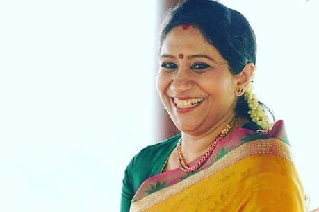 Sujatha Mohan birthday   അന്ന് റോസ് സാരി ചുറ്റി വന്ന സുജു; സുജാതയെ ആദ്യം കണ്ട ഓർമ്മയും പിറന്നാൾ സമ്മാനവുമായി എം.ജി. ശ്രീകുമാർ