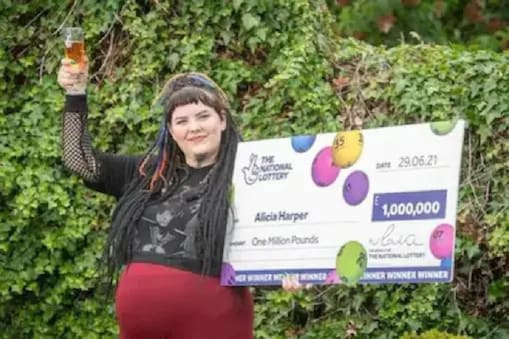 Scotland Woman Wins Rs 10 Crore Lottery With Last-Minute Ticket