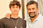 R Madhavan| മകൻ അച്ഛനേക്കാൾ കേമൻ; നീന്തൽ മത്സരത്തിൽ ഏഴ് മെഡലുകൾ നേടി മാധവന്റെ മകൻ