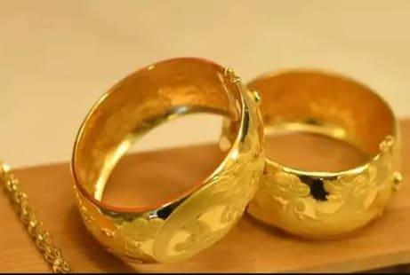 Gold Price - ରୂପା ହେଲା ୨୫୦୦ ଟଙ୍କା ମହାଙ୍ଗା; ସୁନା ଦର ମଧ୍ୟ ୧.୩% ବୃଦ୍ଧି ପାଇଲା