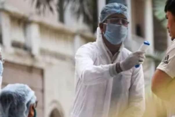 Coronavirus In India: ୨୪ ଘଣ୍ଟାରେ ୩୦,୨୫୬ ନୂଆ ମାମଲା ଚିହ୍ନଟ; ୨୯୫ ଲୋକଙ୍କ ମୃତ୍ୟୁ