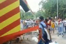 Mohun Bagan Fans Vandalise East Bengal Centenary Gate