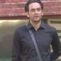 Vikas Gupta talks to the contestants