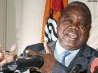 Monkey urinates on Zambian president