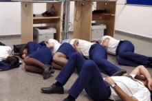 Ryanair Fires Six Crew Members for 'Fake' Photo of Sleeping On Floor in Spain's Airport