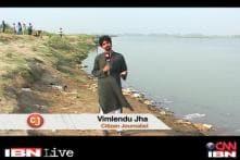 CJ Vimlendu draws attention to pollution in Yamuna
