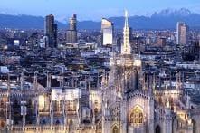 Milan Bans Selfie Sticks And Food Trucks